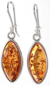 AMBER JEWELLRY. Delicate amber earrings in the form of a drop