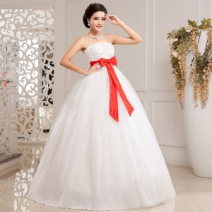 Cheap wedding dress with red bow at the waist